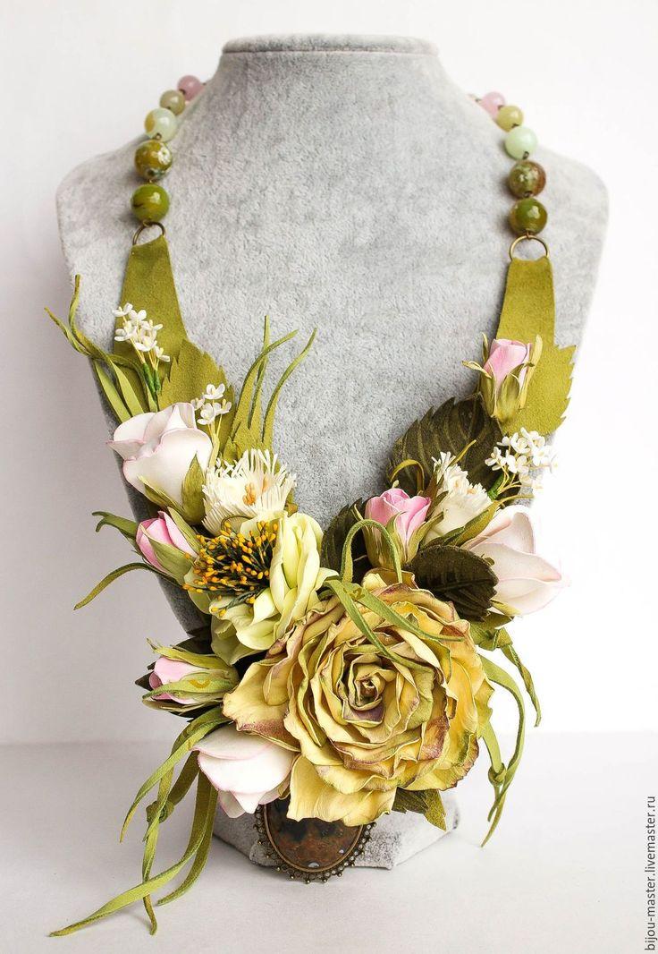 Купить колье ЛЕТНИЙ СОН - салатовый, ярко-зелёный, цветочное колье, цветочное украшение, лето