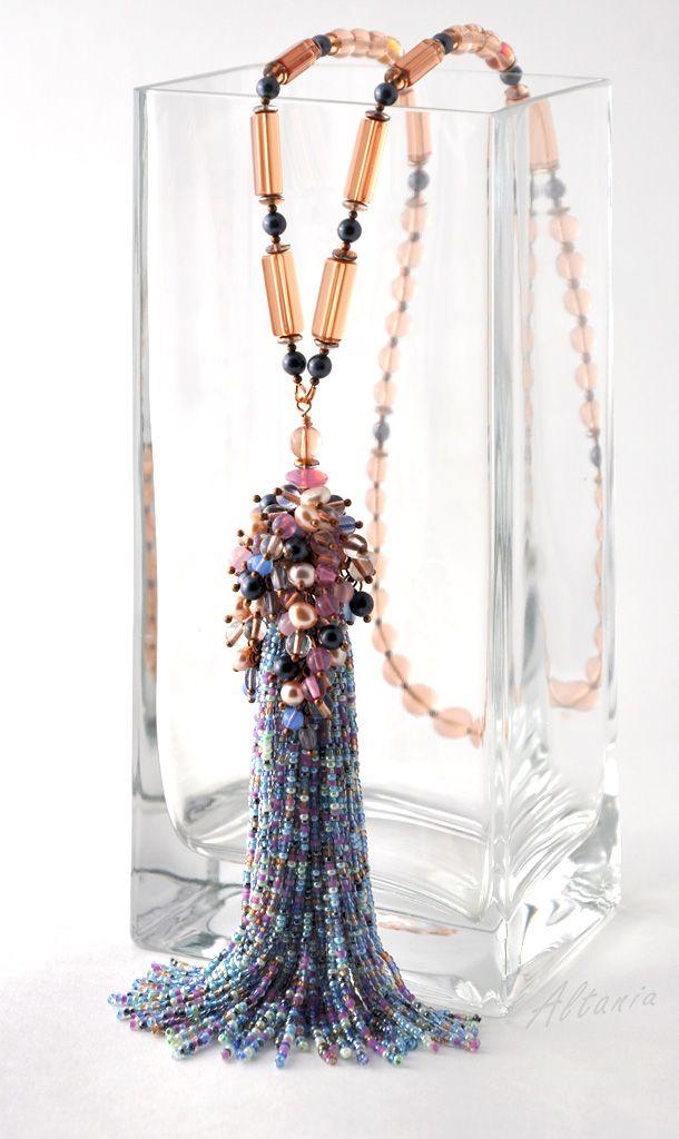 Еще одна кисть с гроздьями бусин | biser.info - всё о бисере и бисерном творчестве