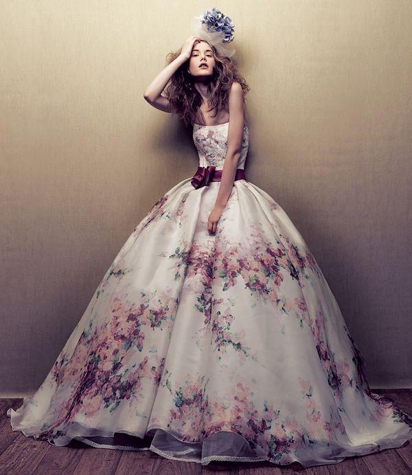 Brautkleider mit Blumen gedluckt Persunkleid.de - Ihr Shop in Mode