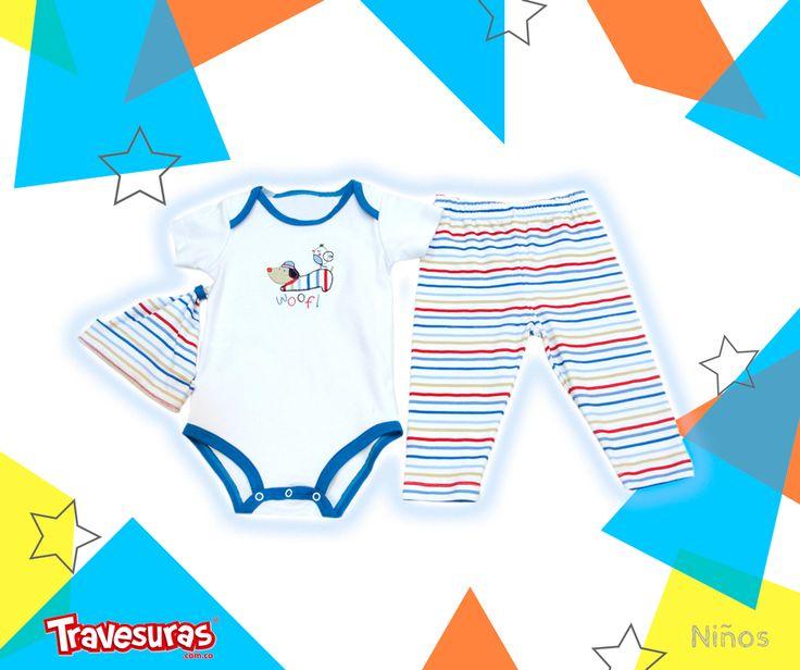 Conjunto de 3 piezas con un diseño de rayas que también está en furor para que lleve tu bebé.