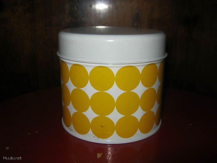 Keltainen pallopurkki <3