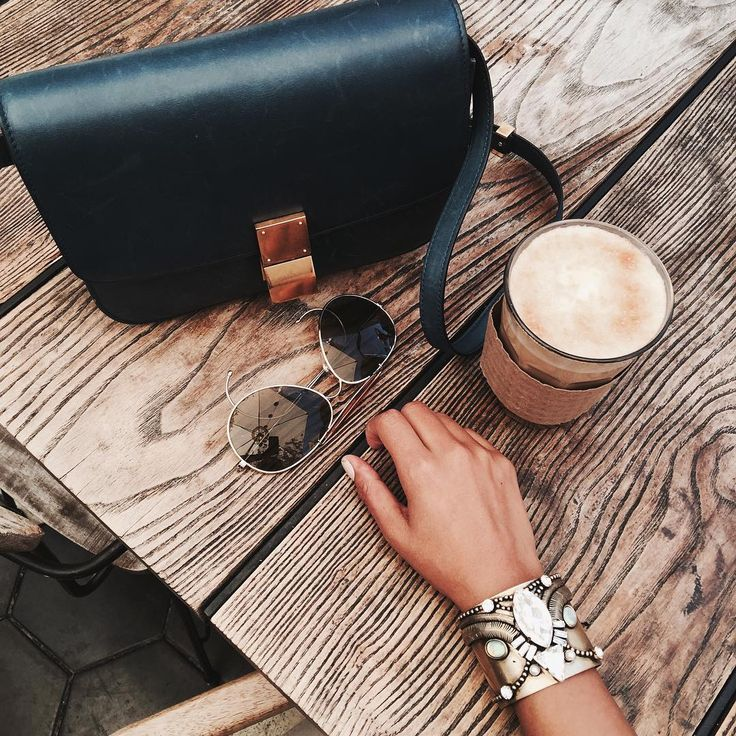 """50k Likes, 271 Comments - JULIE SARIÑANA (@sincerelyjules) on Instagram: """"☕️"""""""