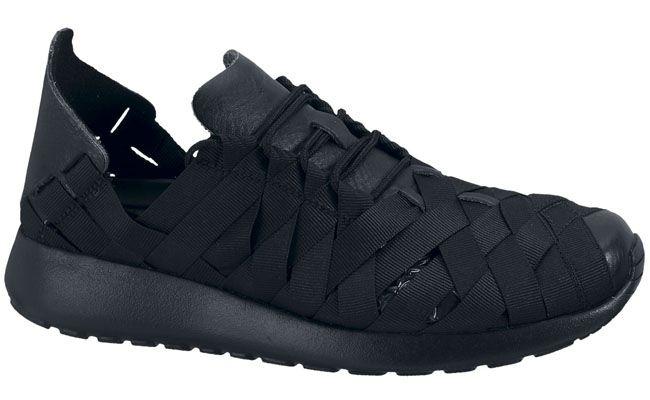 Available: Nike WMNS Roshe Run Woven - EU Kicks: Sneaker Magazine