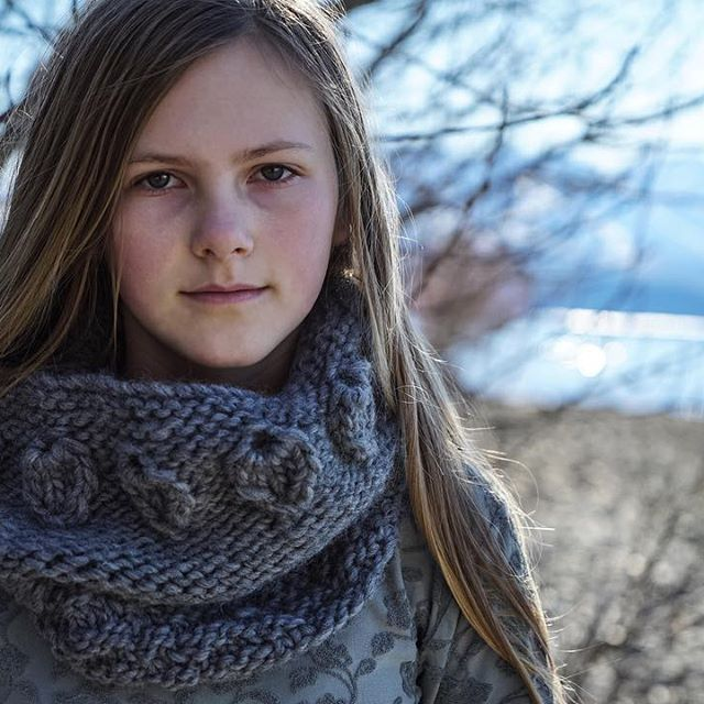 My beautiful Amelia wearing her new chunky knit cowl.. Yesterday's photoshoot on…