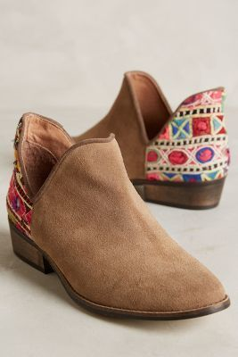 Howsty Leyla Low Booties Neutral Motif #anthroregistry