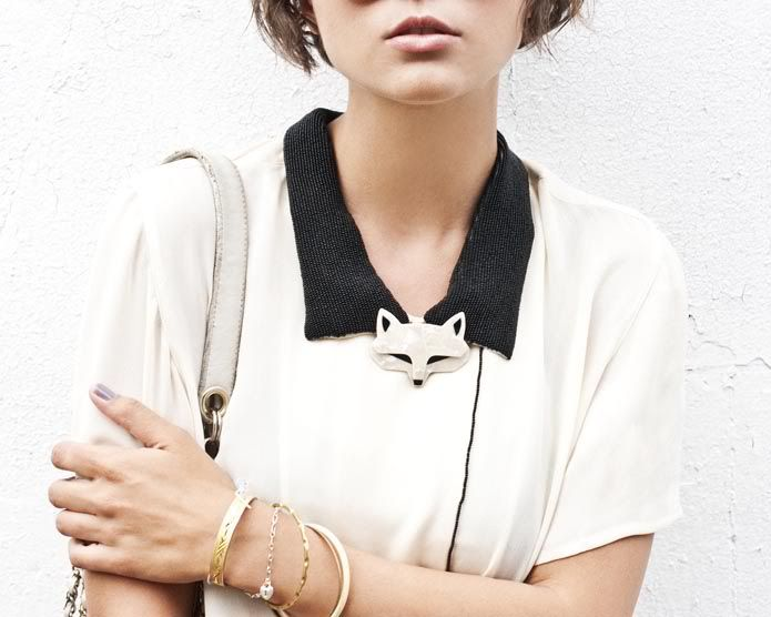 #collar: Stein Brooches, Foxes Brooches, Foxes Pin, Lea Stein, Foxes Collars, Amenities Fashion, Fashion ファッション, Fashion Styl, Vintage Foxes
