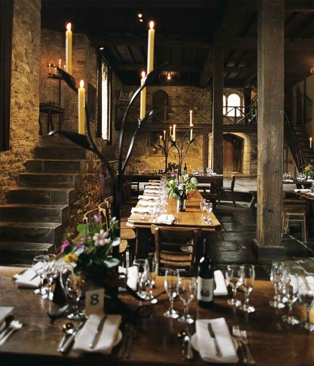 Weddings at Montsalvat, Australia's oldest artists' colony in the Melbourne suburb of Eltham, Victoria. (618×720)