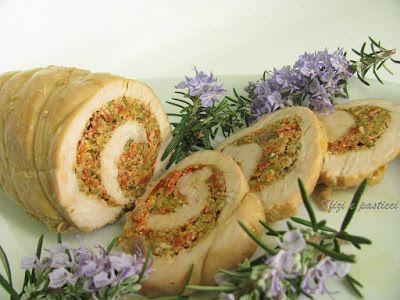 Petto di tacchino farcito con pomodori secchi e erbe aromatiche