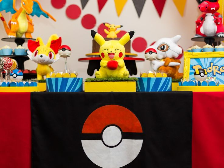 Festa Pokémon da Festeirice - Pikachu está super feliz ;-)