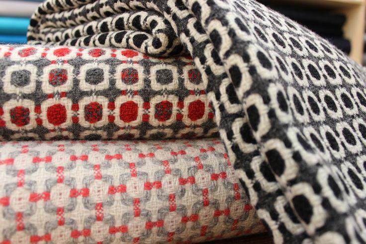 Vintage Wool Blanket, made in handloom.