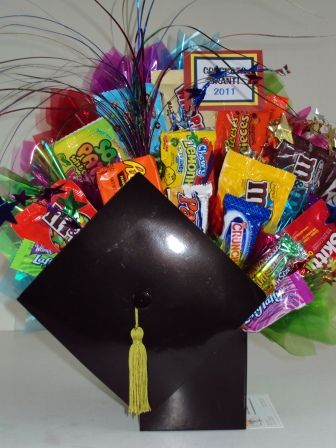 Graduation Bouquet.....candy and gift cards