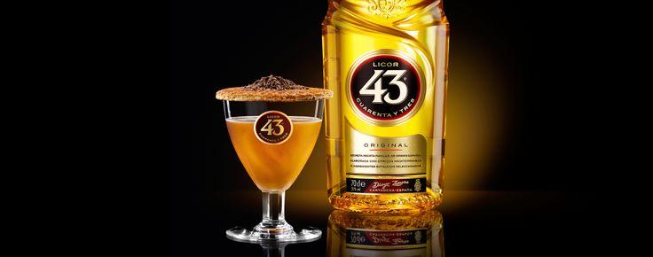 Brandy 43, een zoete mix van karamel, chocolade en Licor 43. Een perfecte cocktail als je van brandy houdt en eens iets anders wilt proberen.