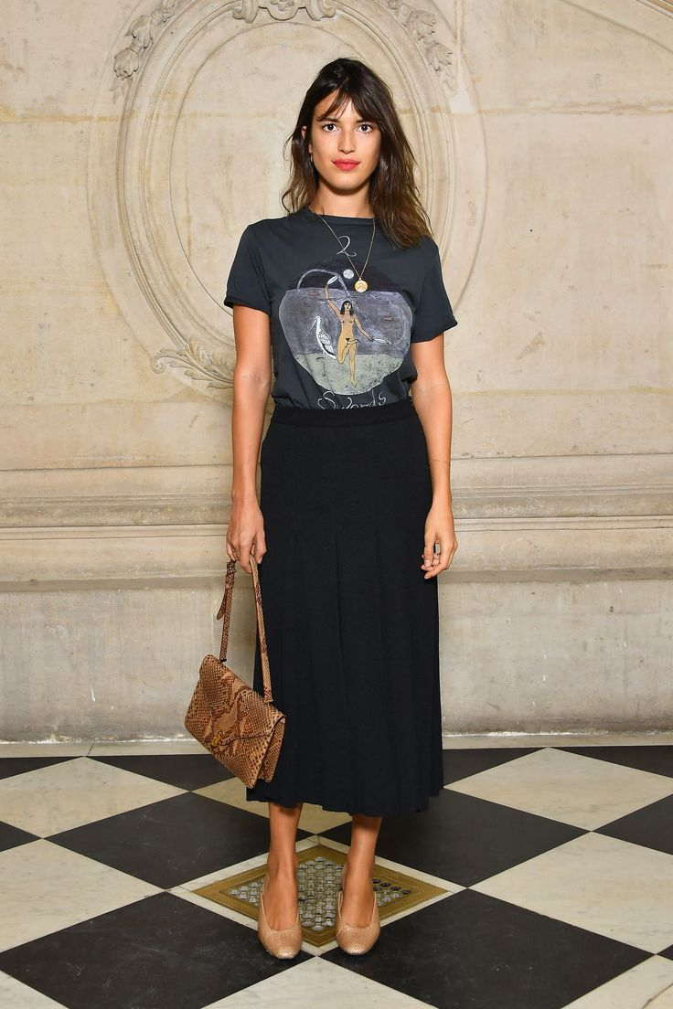 PARIS, FRANCE - SEPTEMBER 26:  Jeanne Damas attends the Christian Dior show as part of the Paris Fashion Week Womenswear Spring/Summer 2018 on September 26, 2017 in Paris, France.  (Photo by Pascal Le Segretain/Getty Images for Dior) (Foto: Getty Images for Dior)