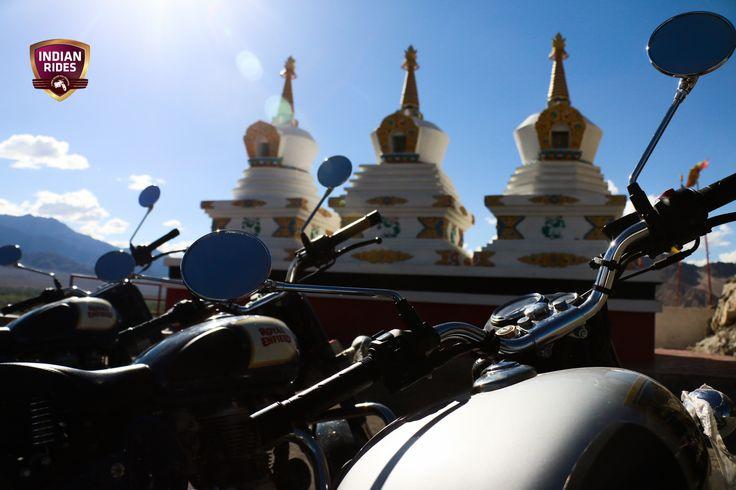 Voyage moto Ladhak - Vivez une expérience exceptionnelle au plus près des locaux avec INDIAN RIDES https://www.indianrides.fr/voyage-moto/royal-enfield-trip-au-himalaya