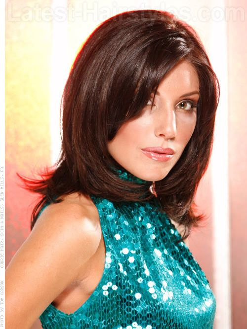 Daring Diva Smooth Brunette Layered Style