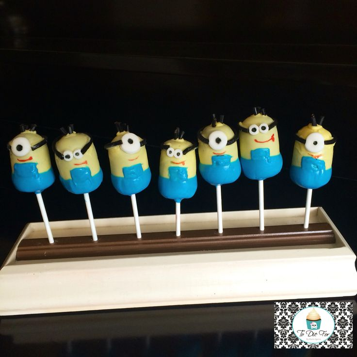 Minion cake pops! Too cute!