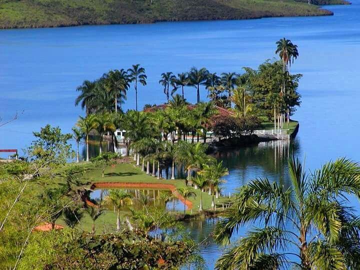 Lago calima, calima, colombia.
