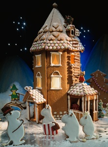 Xmas and the Moomins  – Kotiliesi (Finnish magazine) (gingerbread house!!)
