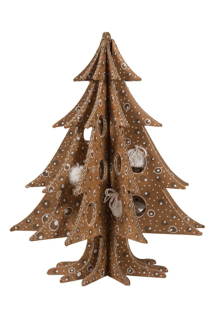 Alberi di Natale in cartone decorati a mano da Made in Sipario.  #cartonfactory #madeinsipario #natale2015 #ecodesign #christmasdeco