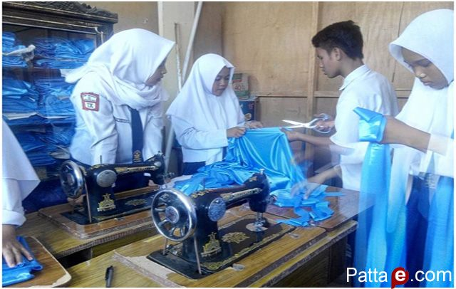 SMP Negeri 2 Polewali Mengadakan Ujian Praktek Sebagai Bagian Ujian Akhir Sekolah