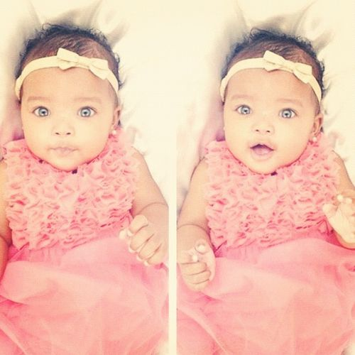 O.M.G. I would die to have a daughter this gorgeous!