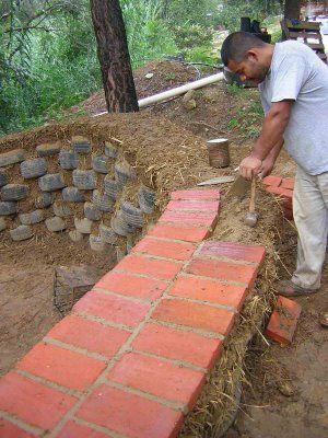 Oaxaca: tire wall