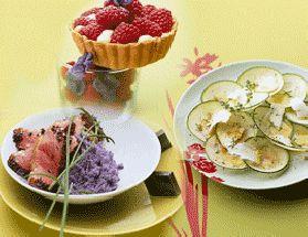 tarte au chevre et aux poireaux nappée de crème aux noix