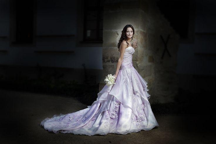 luxusní svatební šaty blanka matragi - Hledat Googlem