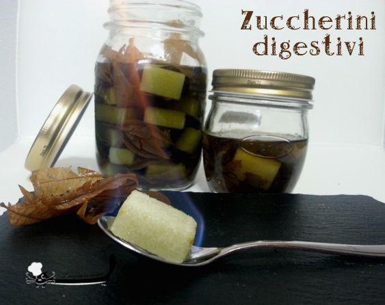 Anni fa ho visto gli zuccherini digestivi, mi sono piaciuti da subito , sia per la facilità di esecuzione che per la bontà. Belli anche da regalare, oltre che buoni!