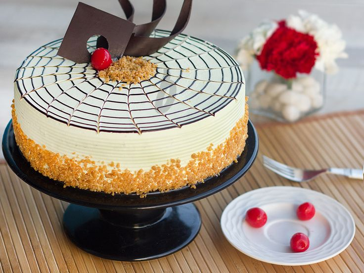 Cake Delivery in India has undergone a revolutionary change over the past few years. From having to pick up the cakes directly from the bakeries which were a considerable luxury back then, to being able to modify the cakes as per will on placing an order ago.