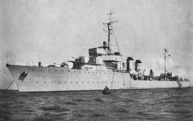 Polish destroyer ORP Wicher.