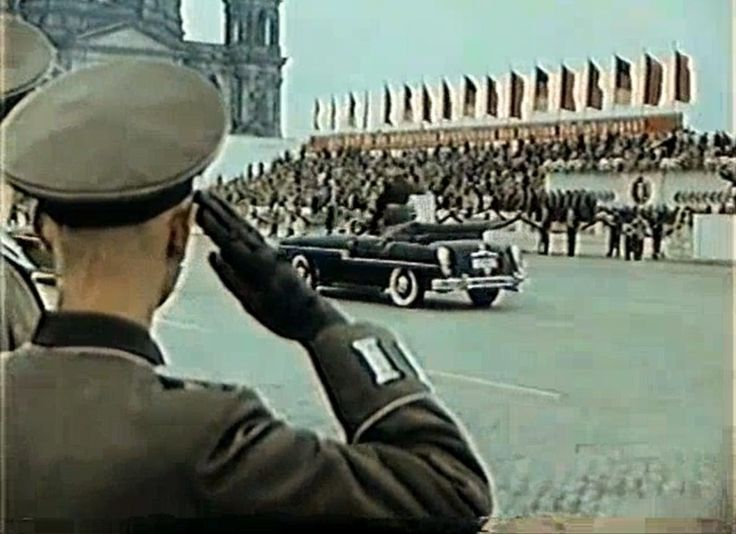 NVA Parade 1. Mai 1956 in Berlin