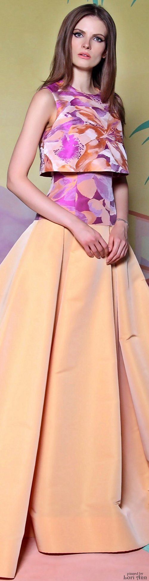 Christian Siriano Resort 2016 - just a bit of a sleeve and you have the BEST of the year. Love the colors. The cut. The lines. So close to perfect the it takes my breathe away.