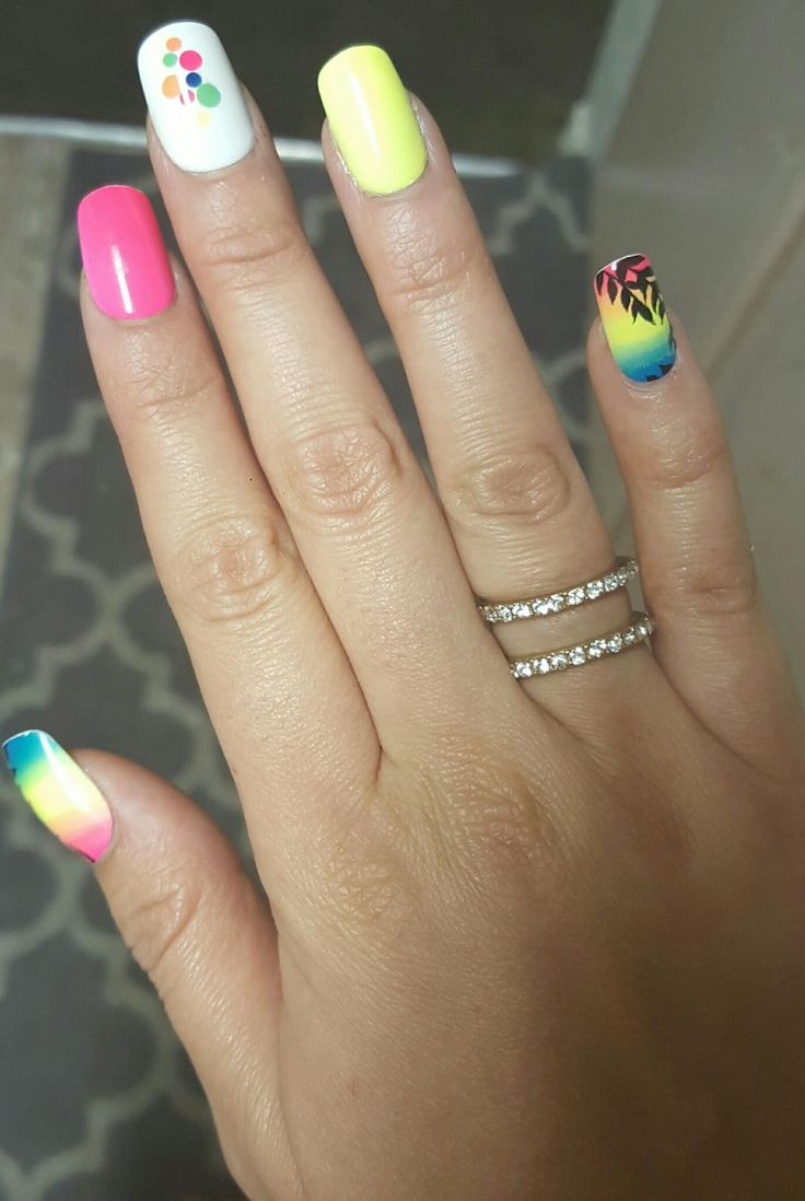 25 best ideas about kiss press on nails on pinterest for Acrylic toe nails salon