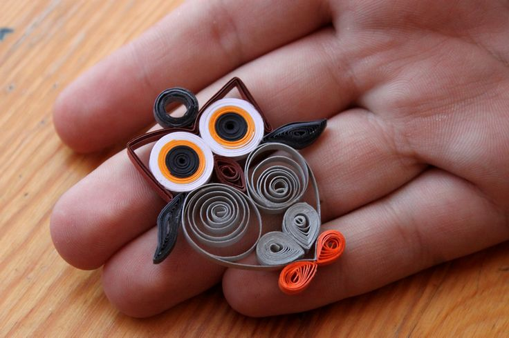 Quilling Owl ^^ by LesOmbresss on deviantART ... adorable ... doesn't look too complicated ...