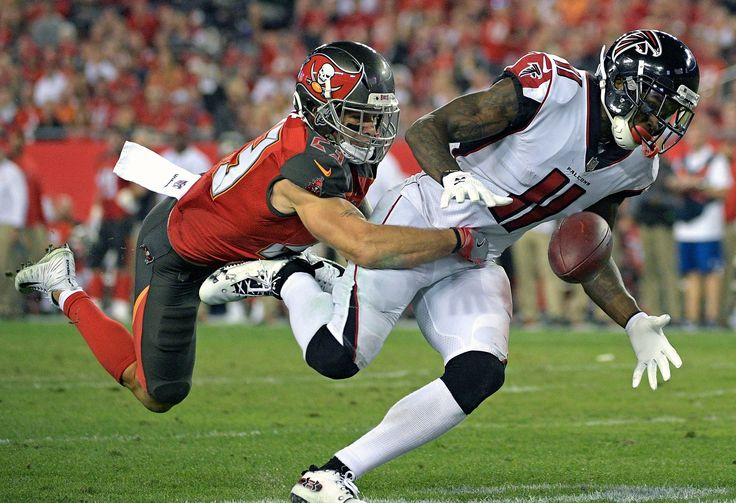 Falcons stay close in NFC South beat Buccaneers 24-21