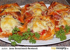 Fofr pizza z toustového chleba recept - TopRecepty.cz