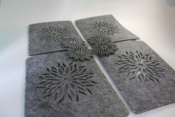 ONLY GREY Placemats and coaster Flames Aster Flower door FeelMyCraft