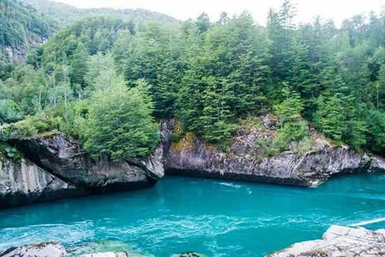 Rio Futaleufu o Rio Salvaje. Chile