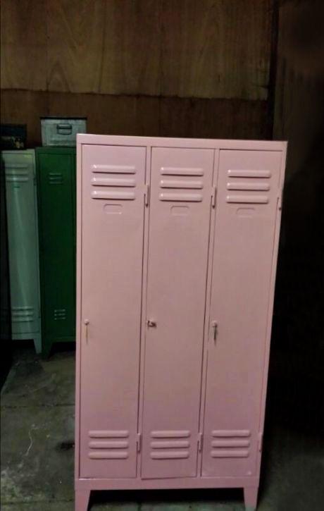 Leuke, lieve maar stoere roze locker. Een #roze #lockerkast voor op de meisjeskamer: Leuk idee!