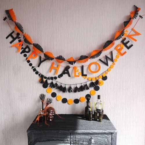 Our party packs -perfect for a spooktacular get together 🖤 🎃   #happyhalloween #partypack #orange #black #halloweendecor #halloweeniscoming #Halloween #spooktacular #halloween2017 #ifyouvegotithauntit