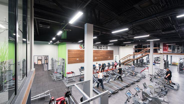 sala główna siłowni / gym  #LED #ledlight #sports #light  http://hskledy.com.pl/realizacje,1183,hala-sportowa-hotelu-scout.html