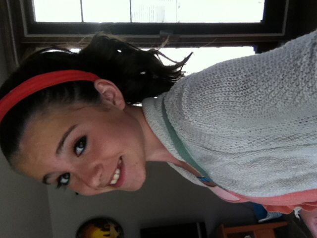 Curly ponytail... Love it