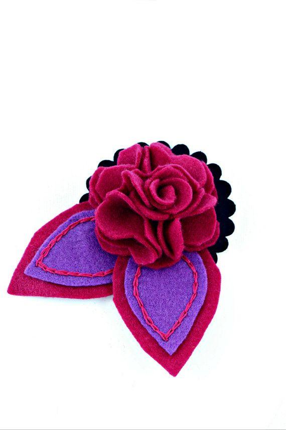 Felt flower brooch - magenta and voilet