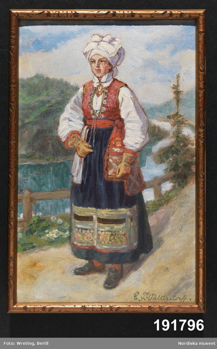 Festdräkt för gift kvinna Värend Småland. Den som målade var Emelie von Walterstorff, amanuens och textilexpert vid museet mellan 1903 och 1933.