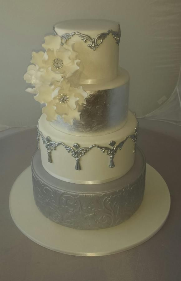 top tier wedding cake anniversary wedding cake cakes amp cake decorating daily inspiration 21073