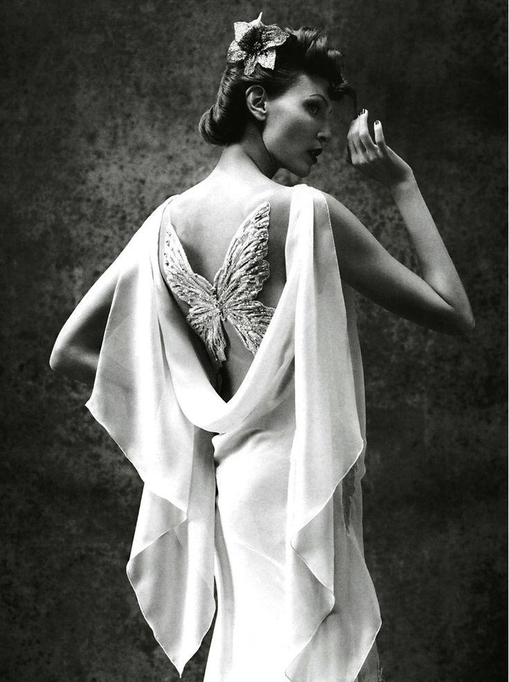 Nadja Auermann |  Mario Testino #photography | Vogue Italia, March 2005 | via tumblr