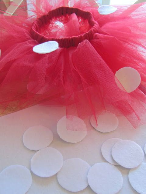 DIY Minnie Mouse Tutu - Daisy and Minnie Halloween?
