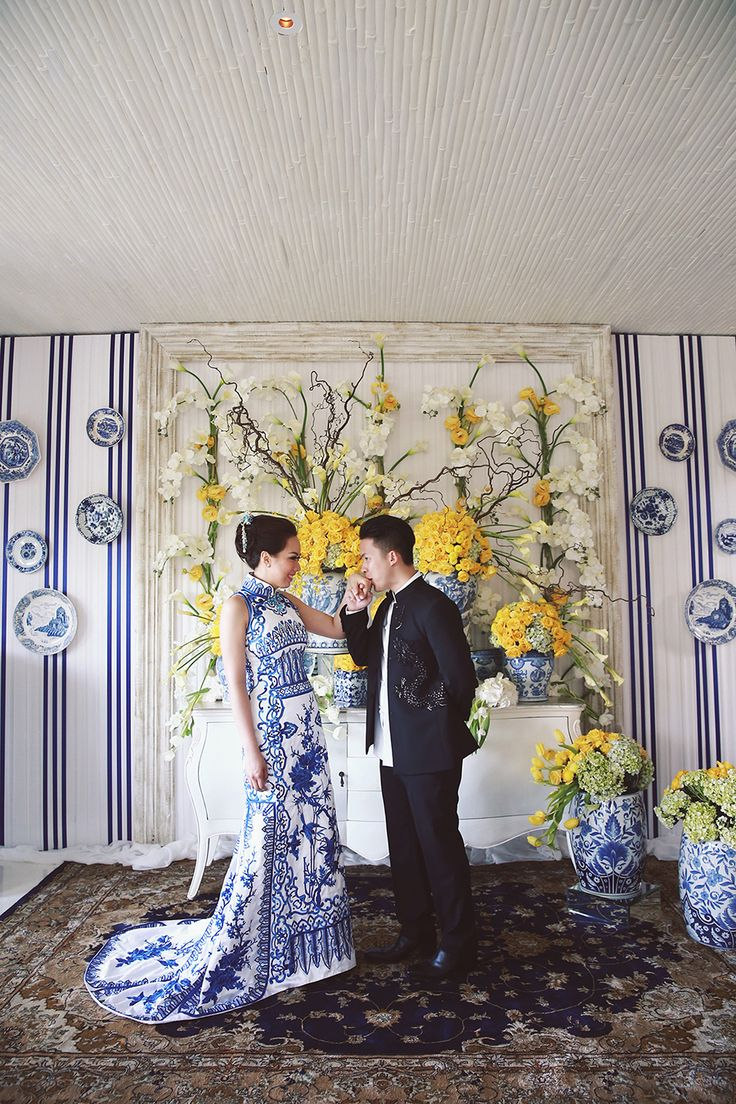 The bride was a stunner in her blue Adrian Gan cheongsam // Ronald and Evelyn's Colourful Wedding With Chinoiserie Touches