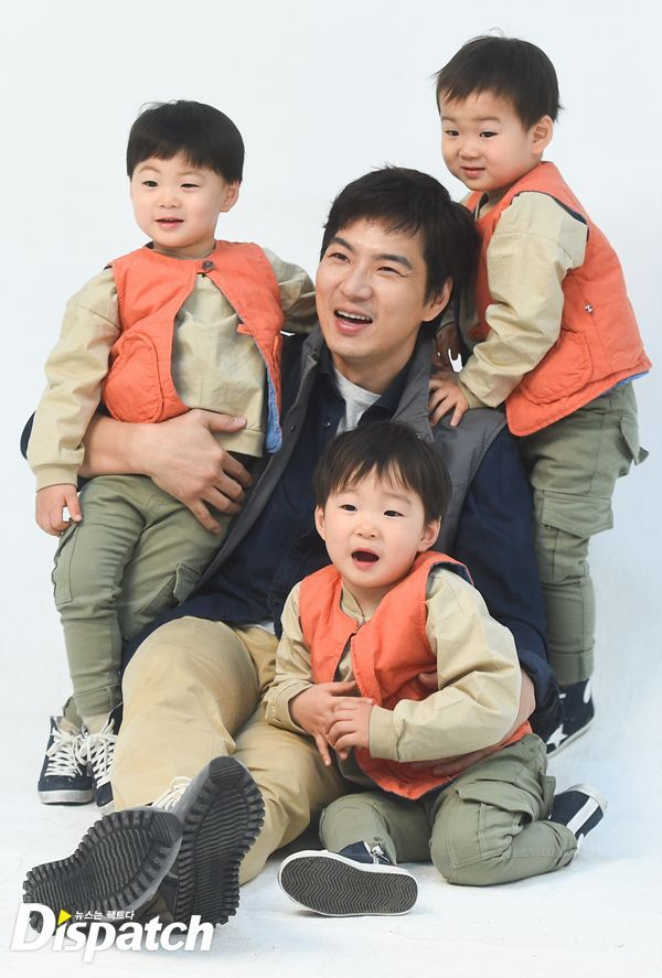 150327 Dispatch update about BTS Song'sTriplets and Dad CF KIA #Daehan #Minguk #Manse #songTriplets #삼둥이